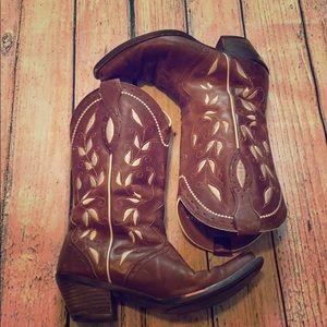 Ariat cowboy boots ladies 7.5